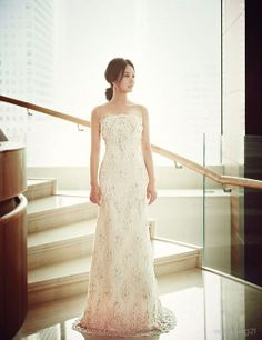 봄을 위한 웨딩드레스 컬렉션-1 : 네이버 매거진캐스트