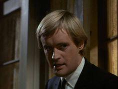 David Mccallum, The Man From Uncle, Tv Series, 1960s, The Originals, Craft Ideas, Sixties Fashion, Diy Ideas
