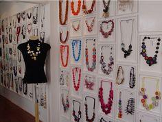 Como organizar e expor bijuterias-Mais de 15 boas ideias para te ajudar!