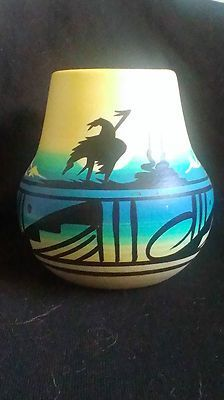 Native American Pottery Signed Jaylee Navajo Terra Cotta Pot Free Shipping