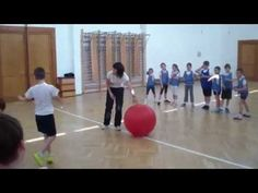 Labdás játékok III. - YouTube Pep Rally Games, Pe Games, Activity Games, Home Games For Kids, Outdoor Activities For Kids, Family Games Indoor, Indoor Games, Physical Education Activities, Circle Time Activities