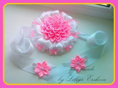 Kanzashi, Ribbon Embroidery, Crochet Flowers, Diy And Crafts, Laptop Bags, How To Make, Handmade, Swimming, Girl Hair Bows