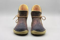 ASB10W Women boots These flat shoes are felted from 100% merino reddish yellowish wool inside and black wool out side, laces make the boots exquisite and elegant. Perfect as outdoor wear, you can wear them everyday anytime like socks. Hand sewn soft blue rubber sole is combined with