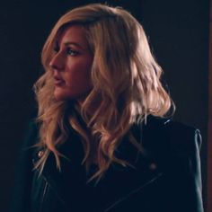 Ellie Goulding& & Me Like You Do& Video Features New, Steamy . Ellie Goulding Hair, Ellie Golding, Love Me Like, Fifty Shades Of Grey, Hair Beauty, Hairstyle, Singer, Long Hair Styles, Husky