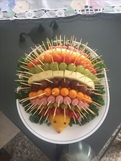 Porcupine fruit and veggie tray Cute Food, Good Food, Funny Food, Awesome Food, Food Humor, Food Platters, Party Platters, Meat Platter, Meat Trays