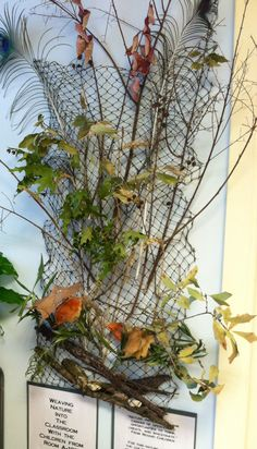 Weaving with natural materials ≈≈ this would be cool with autumn leaves. great wall decoration for classrooms. totally inspired by loose materials from mother nature.
