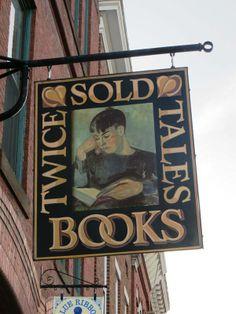 Tienda de libros de segunda Dirección: 155 Main St Farmington, ME 04938 Estados Unidos