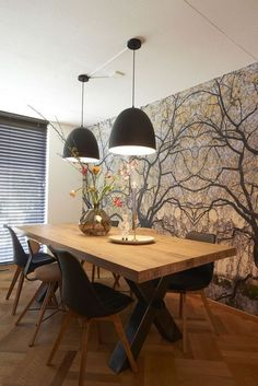 Salle à manger Wall / RTL Woonmagazine Goossens eetkamertafel Orleans Dining Room Design, Dining Room Table, Dining Chairs, Dinner Room, Beautiful Dining Rooms, Style At Home, Home Fashion, Home And Living, Living Room