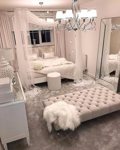 These bedroom ideas will look great and provide you with the relaxing haven that you need. Read more to discover bedroom decorating ideas that are sure to inspire you… inspo Cozy Home Decorating Ideas for Girls' Bedrooms Girl Bedroom Designs, Room Ideas Bedroom, Bedroom Inspo, Home Decor Bedroom, Living Room Decor, Bedroom Decor For Teen Girls Dream Rooms, Cute Bedroom Ideas For Teens, Decor Room, Silver Bedroom Decor