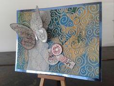 Acrylfarben mit einer Rolle aufgetragen, danach mittels Embossingfolder geprägt und verziert. KunstKommtVonMachen - So bastelt der Norden