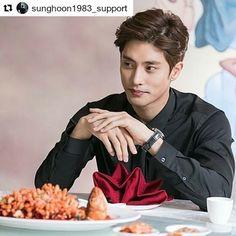 4 個讚,1 則留言 - Instagram 上的 Debbie Moh(@debbie_moh):「 #Repost @sunghoon1983_support ・・・ #SUNGHOON new photo from #naver #music Thanks . #성훈 #배우성훈 … 」