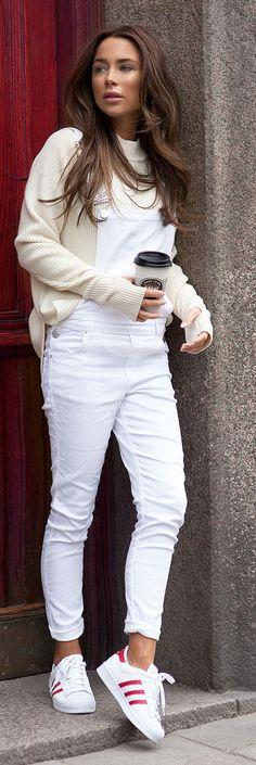 Macacão branco jeans.