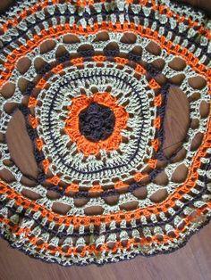 Crochet Circle Vest, Crochet Bolero, Crochet Circles, Crochet Jacket, Crochet Squares, Crochet Cardigan, Crochet Motif, Crochet Designs, Crochet Baby