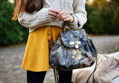 yellow skirt and floral bag, fall outfit