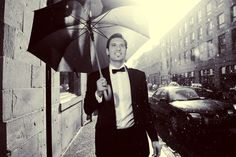 It's only rain! Fantastic shot by Michael Greenberg of Phototerra Toronto wedding photographers