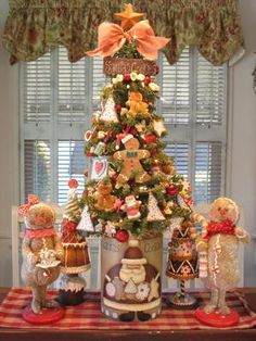 Gingerbread cookie tree!!! Bebe'!!! Pink Gingerbread Theme tree!!!