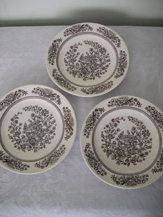 Transferware Plates: Do myself with cheap white plates, rubber stamps and a steady hand? (Just for decoration not actual use)