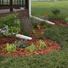 50 Stunning Spring Garden Ideas for Front Yard and Backyard Landscaping Diy Projects Landscaping, Landscaping Around Deck, Garden Projects, Wood Chips Landscaping, Black Rock Landscaping, Landscaping Small Backyards, Simple Backyard Ideas, Diy Garden Ideas On A Budget, Cheap Landscaping Ideas For Front Yard