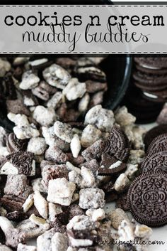 Hypoallergenic Pet Dog Food Items Diet Program Cookies And Cream Muddy Buddies At These Are Such A Delicious And Addicting Snack The Tiny Crushed Oreos To Coat The Outside Make These Amazing Puppy Chow Recipes, Chex Mix Recipes, Snack Recipes, Dessert Recipes, Recipe Puppy, Baking Recipes, Köstliche Desserts, Delicious Desserts, Yummy Food