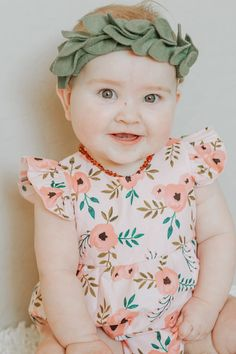 Stella romper, in pink vintage peony print. The sweetest boho first birthday photoshoot outfit, cake smash outfit, or birthday party outfit! Lightweight cotton. Runs true to size. Size up if between sizes. Machine wash with like colors, tumble or hang dry on low or no heat. Iron when dry. Ships within3-5 business days. Made with love in Texas. Toddler Gifts, Toddler Boys, Baby Kids, Toddler Fashion, Kids Fashion, Stocking Stuffers For Girls, Birthday Party Outfits, Cake Smash Outfit, Diy For Girls