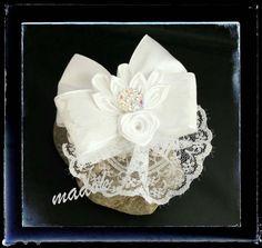 Accessoires - Haarspange *Schleife* weiß *Kanzashi* - ein Designerstück von Made-by-Dori bei DaWanda