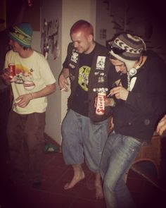 Back in the days #retro #mrc #mot #peat #cof #selfmade #party #drinkin #crew #wasted