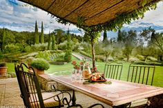 I Capuccini - Ultra-luxury Villa Rental near Cortona in Umbria | HOMEBASE ABROAD
