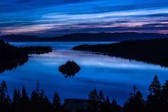 LAC TAHOE, CALIFORNIE, ÉTATS-UNIS Ce vaste lac d'eau douce s'étend du Nevada à la Californie.