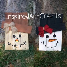 Small Wooden Reversible Scarecrow /Snowman
