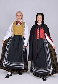 Troms  Lenge hadde Nordland og Troms felles bunad for herrer og kvinner, men i 1973 kom den første Tromsbunaden for kvinner. På grunn av beskjedent kildematerial og dokumentasjoner for draktskikken for området er ikke denne bunaden nøyaktig en rekonstruksjon. Men den har absolutt tilknytning til elementer av eldre draktskikk.
