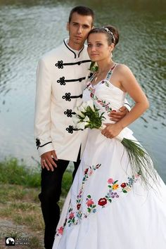 3 visitors have checked in at Royal Wedding. Traditional Wedding, Traditional Dresses, Folklore, Hungarian Embroidery, Folk Costume, Dream Wedding, Festivals, Gowns, Wedding Dresses