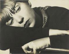 Florence Henri. Portrait composition, Tulia Kaiser vers 19301.