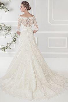 Ellis Bridals   Style 11418