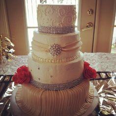 Old Hollywood inspired wedding cake