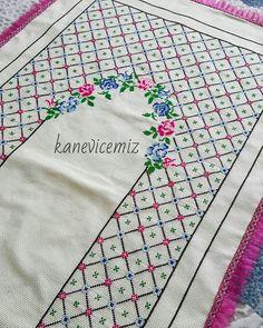 Cross Stitch, Embroidery, Instagram, Design, Cross Stitch Embroidery, Towels, Manualidades, Punto De Cruz, Needlepoint