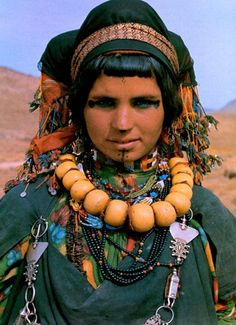 The story of the tribe Aït Atta, a berber tribe in southern Morocco. (in french)