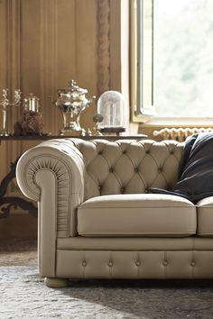 A classical leather sofa Tufted Leather Sofa, Home Theater Seating, Sofa Frame, Single Sofa, Chesterfield Chair, Sofa Furniture, Accent Chairs, House Ideas, Decor Ideas