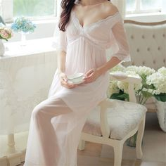 2017 Summer Elegant Sleepwear Romantic And Vintage Ladies Sexy Lace Home Dress Comfortable Long Nightgown Sleepshirts #H4