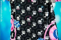 Nähfrosch Jersey Meerjungfrau Fanny Lou von Astrokatze in schwarz weiß mit Stoffmalstiften etwas bunt gemacht. Schnittmuster Raglankleid von Klimperklein Nähen für kinder Sewing for kids