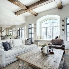 Beams!! Beautiful modern farmhouse living room decor ideas (48)