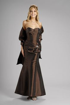 2015 Sweetheart Brown Beading Shawl Sleeveless Satin Ruched Floor Length Mother…