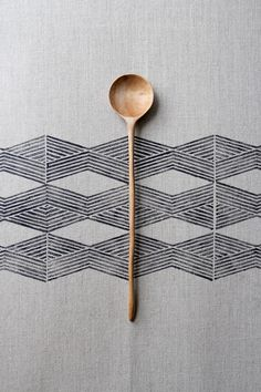 spoon Japanese Patterns, Japanese Design, Surface Design, Print Texture, Diy Accessoires, Pretty Patterns, Tribal Patterns, Wabi Sabi, Textile Design