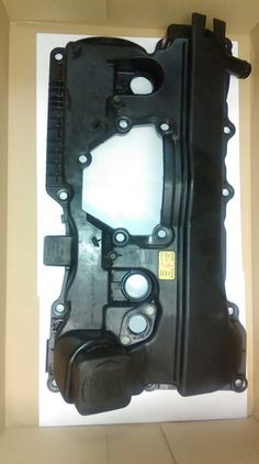 N46B20AY BMW 2.0 PETROL 3 SERIES ENGINE ROCKER / VALVE COVER 11.12 7526670 REF OF0003