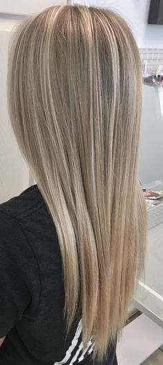 Perfectly Blended Blonde Balayage By Hannah Galloway -Golden Halo Salon - 540.829.1722