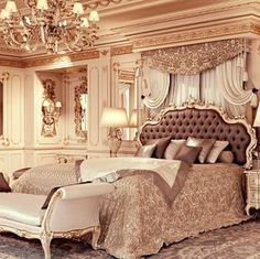 Do you want a classic luxury bedroom set for your room? Classic luxury Bedroom Set design for your bedroom is mandatory if you crave calm and comfort. Luxury Bedroom Sets, Luxury Bedroom Design, Luxurious Bedrooms, Luxury Interior, Interior Design, Interior Ideas, Luxury Bedding, Royal Bedroom, Home Bedroom