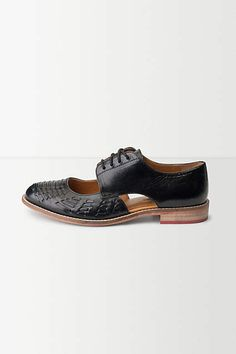cut out oxford loafer