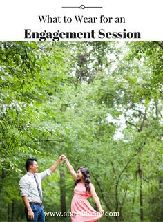 Gain ideas and inspiration with these engagement session ideas and pose ideas. Wedding Photography and Engagement Session ideas. Dslr Photography, Photography Lessons, Photography Tutorials, Photography Business, Engagement Photography, Engagement Session, Couple Photography, Wedding Photography, Engagement Photo Makeup