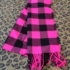 Scarf Plaid pink and black scarf Accessories Scarves & Wraps