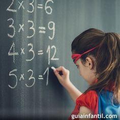 Aquí tienes fantásticos trucos con las tablas de multiplicar para que enseñes a los niños de forma más sencilla las matemáticas. Haz que las tablas de multiplicar sean más divertidas para los niños con estos trucos. Teaching Math, Education, Learning, School, Beauty, Posts, Random, Shape, Mental Calculation