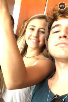 JC dating Lia